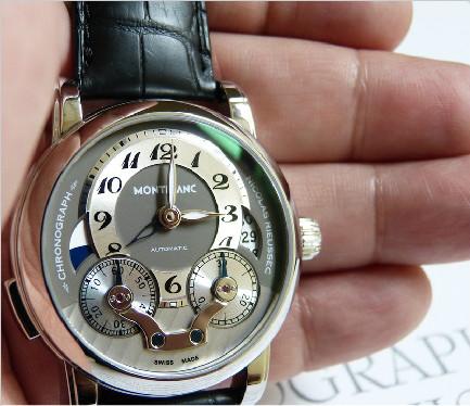 如钢笔般精雕细琢:万宝龙尼古拉斯凯世计时腕表