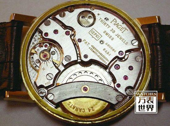 60年代伯爵12P为全球第一只量产而且是最薄的微型自动盘机芯,厚度仅2.35mm,这项纪录至今仍未被打破。
