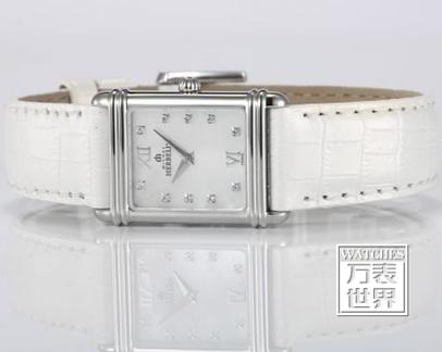 白色手表,纯净美丽的天使