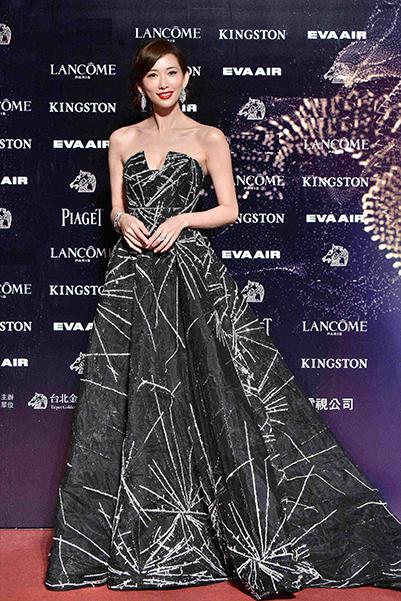 林志玲、简嫚书携『明星的珠宝商』海瑞温斯顿亮相第52届金马奖颁奖典礼