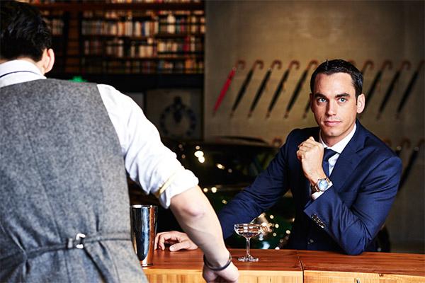 亨利慕时演绎新绅士魅力