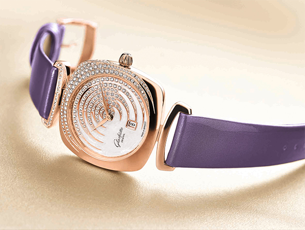格拉苏蒂原创倾情甄选绚丽多彩的Pavonina灵雀腕表