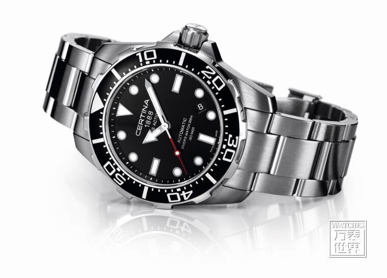 雪铁纳推出动能系列自动上弦潜水表(DS Action Diver)