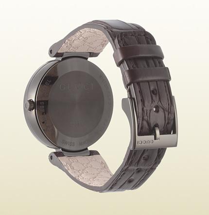 interlocking系列 18k玫瑰金质女士手表背面