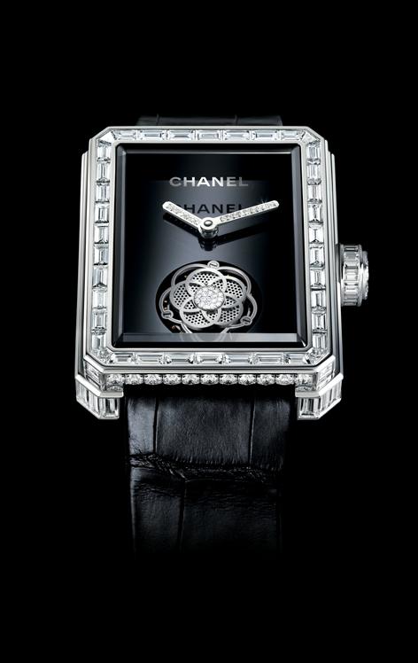 香奈儿 Premiere浮动式陀飞轮腕表 7.7克拉的钻石