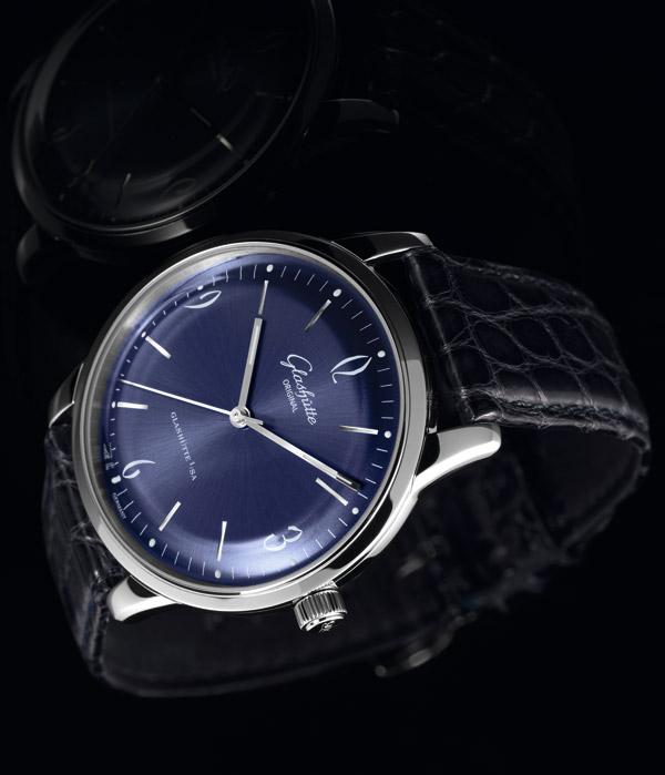 格拉苏蒂Sixties午夜深蓝色腕表