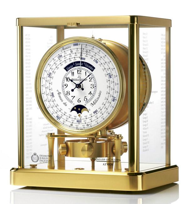 积家为女王钻禧 推出Atmos限量版大气压座钟