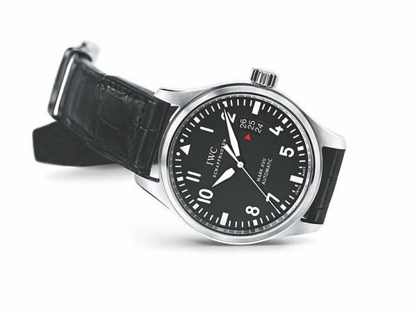 萬國馬克十七飛行員手表 首批飛行員抗磁手表圖片
