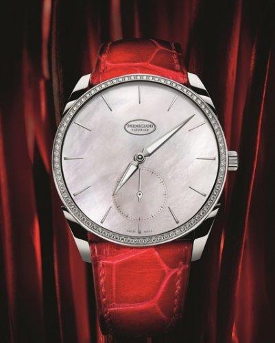 帕玛强尼创造出钟表杰作,大溪地珍珠贝母镶钻超薄腕表