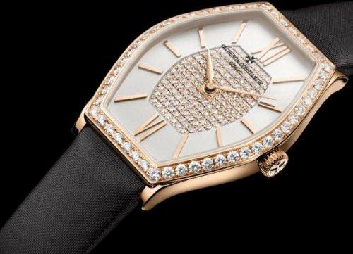 江诗丹顿世界顶级腕表品牌,镶钻表圈钟亮闪闪女士最爱